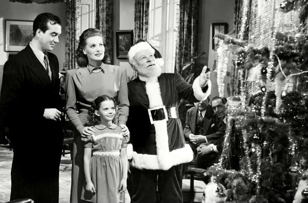 018 Featured Image- Miracle on 34th street